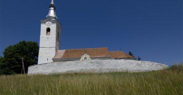 szarhegy-romai-katolikus-templom.jpg