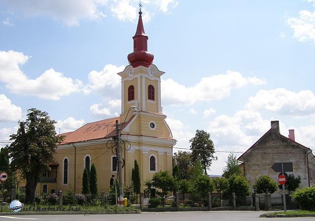 17_egy_regi_regeni_magyar_templom-utikalauz-hu.jpg