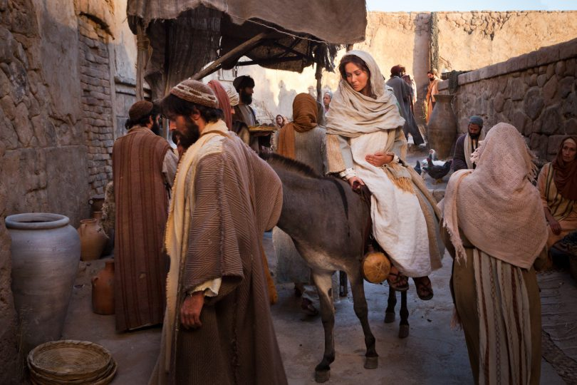 nativity-mary-joseph-bethlehem-958726-wallpaper.jpg