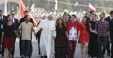 cns-pope-panama-message.jpg
